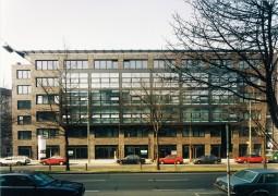 Wohn- und Geschäftshaus Uhlandstr. 88-90/Fechner Str. 12  Berlin-Wilmersdorf