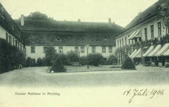 web_2 1906.jpg