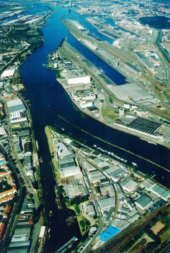 web_1 Bremen Hafen.jpg