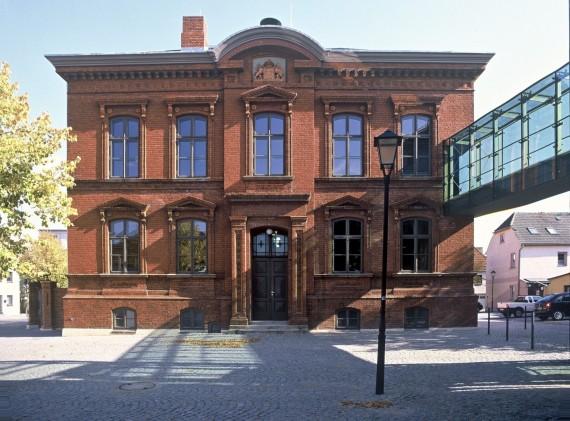 20 Malchow_Amtsgericht_Rathaus_Außen_d8047_003_B_Small.jpg