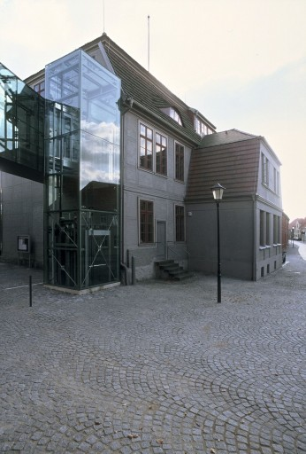 27 Malchow_Amtsgericht_Rathaus_Außen_d8257_036_Small.jpg