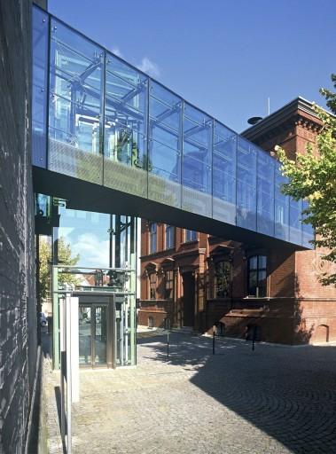 29 Malchow_Amtsgericht_Rathaus_Außen_d8047_004_B_Small.jpg