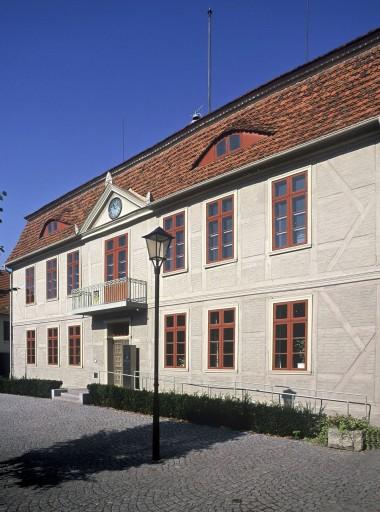 9 Malchow_Amtsgericht_Rathaus_Außen_d8053_015_B_Small.jpg