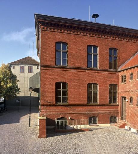 21 Malchow_Amtsgericht_Rathaus_Außen_d8039_007_B_Small.jpg